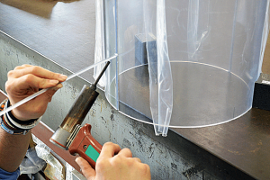 塩ビ透明円筒溶接